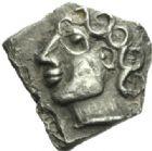 Photo numismatique  MONNAIES GAULE - CELTES VOLQUES TECTOSAGES (région de Toulouse)  Drachme au type « à la tête bouclée du Causé », série 1.