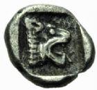 Photo numismatique  MONNAIES GRECE ANTIQUE GAULE Types du trésor d'Auriol (Ve siècle) Obole phocaïque (470-460).