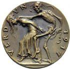 Photo numismatique  ARCHIVES VENTE 2015 -19 juin MEDAILLES MEDAILLES SATIRIQUES ALLEMANDES Médailles de Karl Goetz Verdun, 1917.
