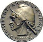 Photo numismatique  ARCHIVES VENTE 2015 -19 juin MEDAILLES MEDAILLES SATIRIQUES ALLEMANDES Médailles de Karl Goetz Infamie blanche dans la Ruhr, 1923. Die weisse Schmach.