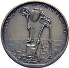 Photo numismatique  ARCHIVES VENTE 2015 -19 juin MÉDAILLES MEDAILLES SATIRIQUES ALLEMANDES Médaille de W. Eberbach Verdun, la pompe à sang, 1916. Die Weltblut Pumpe.