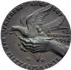 Photo numismatique  MEDAILLES MÉDAILLES MEDAILLES SATIRIQUES ALLEMANDES Médailles de Karl Goetz Refus de la Paix allemande, 12 décembre 1916. Friedensangebot des Mittelmächte.