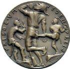 Photo numismatique  MEDAILLES MÉDAILLES MEDAILLES SATIRIQUES ALLEMANDES Médailles de Karl Goetz Le pacifiscme, 1921. Pazifismus.