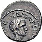 Photo numismatique  ARCHIVES VENTE 2016-19 oct RÉPUBLIQUE ROMAINE LÉPIDE et OCTAVE  207- Marcus Aemilius Lepidus (90/89-13/12), et Octave (43-36). Denier, Italie, (vers 42).