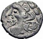 Photo numismatique  ARCHIVES VENTE 2016-19 oct GAULE - CELTES CENOMANS-DIABLINTES (Sarthe-Mayenne)  323- Statère à la petite tête dans la bouche, (à partir de la fin du Iie s.).