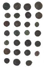 Photo numismatique  VENTE 7 juin 2017 - Coll Fr. Beau et divers EMPIRE ROMAIN Lot de monnaies diverses  302- Lot de 27 nummi et petits bronzes.