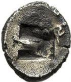 Photo numismatique  VENTE 6 oct 2017 - Coll Dr Y. Goalard et divers GRECE ANTIQUE GAULE Types assimilés au trésor d'Auriol (Ve siècle) 13- Hémiobole de type milésiaque, (470-450).
