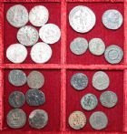 Photo numismatique  VENTE 6 oct 2017 - Coll Dr Y. Goalard et divers LOTS DE MONNAIES EMPIRE ROMAIN  401- Lot de 23 monnaies des 3e et 4e siècles.