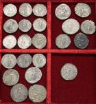 Photo numismatique  ARCHIVES VENTE 2017-6 oct - Coll Dr Y. Goalard LOTS DE MONNAIES EMPIRE ROMAIN  403- Lot de 12 deniers et 11 antoniniens.