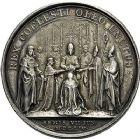 Photo numismatique  ARCHIVES VENTE 9 mars 2018 - Coll. Dr P. Corre JETONS et MÉDAILLES RARES LOUIS XIV (14 mai 1643-1er septembre 1715) Sacré à Reims, le 7 juin 1654 313- Médaille en argent du sacre à Reims, datée du 7juin 1654, par J. Mauger.