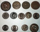Photo numismatique  VENTE 9 mars 2018 - Coll. Dr P. Corre et divers GRANDS LOTS DE MONNAIES ET MEDAILLES   399- Lot de 13 grandes médailles en bronze.