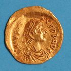 Photo numismatique  MONNAIES EMPIRE BYZANTIN JUSTIN Ier (518-527)  Tremissis.