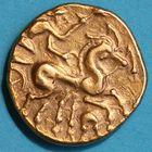 Photo numismatique  MONNAIES IBERIE- GAULE - CELTES CARNUTES (région de Chartres)  Statère d'or de la classe 1.