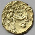 Photo numismatique  MONNAIES IBERIE- GAULE - CELTES AMBIANI (Bassin de la Somme)  Statère d'or du Iie siècle avant JC.