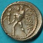 Photo numismatique  MONNAIES RÉPUBLIQUE ROMAINE JULES CESAR (100-44)  Denier frappé vers 47-46.