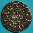 Photo numismatique  MONNAIES CAROLINGIENS CHARLEMAGNE, roi (768-800) empereur (800-814)  Denier de Melle frappé entre 794 et 812.