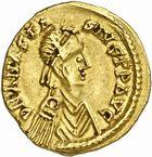 Photo numismatique  ARCHIVES VENTE 2010 -Amateur B 1 et B CHWARTZ 2 PEUPLES BARBARES VISIGOTHS  4-Tremissis au nom d'Anastase (491-518), émis avant 507 à Toulouse.