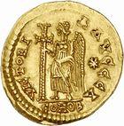 Photo numismatique  ARCHIVES VENTE 2010 -Amateur B 1 et B Chawartz 2 PEUPLES BARBARES BURGONDES Monnayage de GONDEBAUD (473-516) 9- Solidus au nom d'Anastase (491-518), émis avant 507 à Lyon.