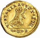Photo numismatique  ARCHIVES VENTE 2010 -Amateur B 1 et B Chawartz 2 PEUPLES BARBARES BURGONDES Monnayage de GONDEBAUD (473-516) 11- Tremissis au nom d'Anastase (491-518), émis avant 507.