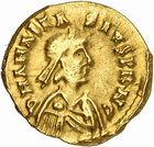Photo numismatique  ARCHIVES VENTE 2010 -Amateur B 1 et B Chawartz 2 PEUPLES BARBARES BURGONDES Monnayage de GONDEBAUD (473-516) 18- Tremissis au nom d'Anastase (491-518), émis après 507 à Lyon.