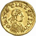 Photo numismatique  ARCHIVES VENTE 2010 -Amateur B 1 et B Chawartz 2 PEUPLES BARBARES BURGONDES Monnayage de SIGISMOND (516-524) 22- Tremissis au nom de Justin Ier (518-527), probablement émis à Lyon.