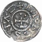 Photo numismatique  ARCHIVES VENTE 2010 -Amateur B 1 et B Chawartz 2 CAROLINGIENS CHARLES LE SIMPLE (28 janvier 893-destitué en 923)  64- Denier de Saint-Nazaire d'Autun (Saône-et-Loire).
