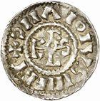Photo numismatique  ARCHIVES VENTE 2010 -Amateur B 1 et B CHWARTZ 2 CAROLINGIENS CHARLES, empereur (875-877 - 884-887)  71- Denier de Chalon-sur-Saône (Saône-et-Loire), émis après 875.