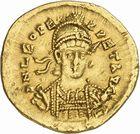 Photo numismatique  ARCHIVES VENTE 2010 -Amateur B 1 et B Chawartz 2 PEUPLES BARBARES PSEUDO-IMPERIALES LEON Ier (457-474), empereur d'Orient 114- Solidus frappé à Constantinople.