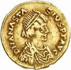 Photo numismatique  ARCHIVES VENTE 2010 -Amateur B 1 et B Chawartz 2 PEUPLES BARBARES OSTROGOTHS Epoque de THEODORIC Ier le Grand (493-526) 124-Tremissis au nom d'Anastase (491-518), frappé à Rome