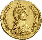 Photo numismatique  ARCHIVES VENTE 2010 -Amateur B 1 et B CHWARTZ 2 PEUPLES BARBARES VISIGOTHS Epoque de THORISMOND (451-453) et de THEODORIC II (453-466) 145- Solidus au nom de Valentinien III (423-455), émis après 451.