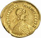 Photo numismatique  ARCHIVES VENTE 2010 -Amateur B 1 et B CHWARTZ 2 PEUPLES BARBARES VISIGOTHS Epoque de THORISMOND (451-453) et de THEODORIC II (453-466) 146- Solidus au nom de Valentinien III (439-455), émis après 451