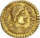 Photo numismatique  ARCHIVES VENTE 2010 -Amateur B 1 et B Chawartz 2 PEUPLES BARBARES VISIGOTHS Epoque d'EURIC (466-484), roi de Toulouse 154- Tremissis au nom de Zénon (474-491), émis après 475 à Clermont ?