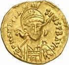 Photo numismatique  ARCHIVES VENTE 2010 -Amateur B 1 et B Chawartz 2 PEUPLES BARBARES BURGONDES Monnayage de GONDEBAUD (473-516) 207- Solidus au nom d'Anastase (491-518), émis avant 507 à Lyon.