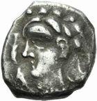 Photo numismatique  MONNAIES GAULE - CELTES VOLQUES TECTOSAGES (région de Toulouse)  Drachme au type « cubiste romanisé », série 13.