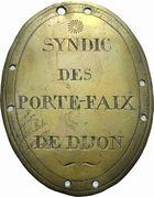 Photo numismatique  ARCHIVES VENTE 2011 -Coll Amateur Bourguignon 2 MÉDAILLES MEDAILLES CONCERNANT BOURGOGNE ET FRANCHE-COMTE Porte-faix de Dijon 196-Plaque de syndic des porte-faix de Dijon.