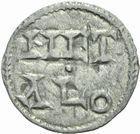 Photo numismatique  MONNAIES BARONNIALES Comté de POITIERS Immobilisation du type de Charles le Simple (vers 930-1100) Obole frappée à Melle.