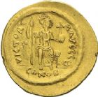 Photo numismatique  ARCHIVES VENTE 2012 EMPIRE BYZANTIN JUSTIN II (565-578)  395- Solidus, frappé à Constantinople.