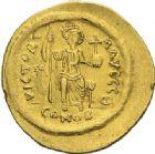 Photo numismatique  ARCHIVES VENTE 2012 EMPIRE BYZANTIN JUSTIN II (565-578)  395- Solidus, frappé à Constantinople.