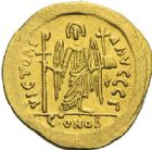 Photo numismatique  ARCHIVES VENTE 2012 EMPIRE BYZANTIN JUSTINIEN Ier (527-565)  394- Solidus, frappé à Constantinople.