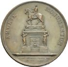 Photo numismatique  MEDAILLES ROYALES FRANCAISES LOUIS XV (1er septembre 1715-10 mai 1774)  Statue équestre du roi, place Louis XV à Paris, 1763.