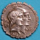 Photo numismatique  MONNAIES RÉPUBLIQUE ROMAINE Q. Fufius Calenus et Mucius Cordus (vers 70)  Denier serratus.